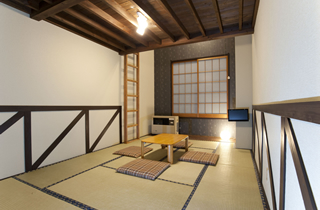 Japanese-style room with a loft